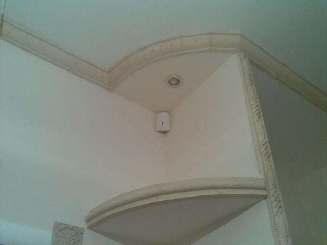 Установка объемного датчика движения в квартиру в цепь сигнализации